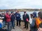 Abb. 3: Verabschiedung der Teilnehmer an der Uferpromenade von Seeburg durch Dr. W. Fieber und I. Vahlhaus (Foto: U. Tichatschke).