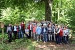 Abb. 3: Gruppenbild bei den neolithischen Großsteingräbern von Barskamp (Foto: M. Poppe).